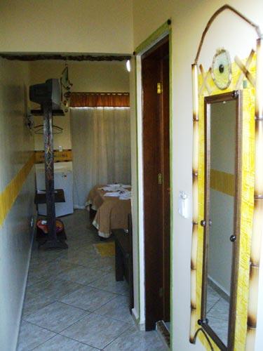 Suíte Luxo 1º andar com sacada e ar-condicionado – 13 – INDIGENA